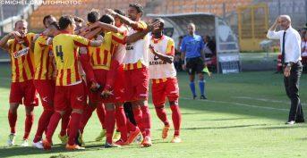 Lecce esultanza 1
