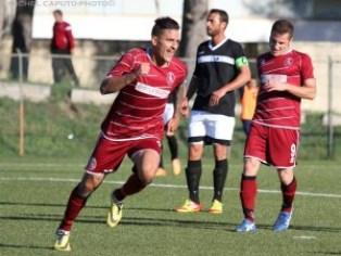 L'esultanza di Luigi Rana dopo il gol
