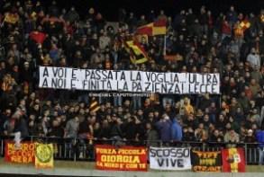 Lecce-Messina 2-1 striscione pazienza