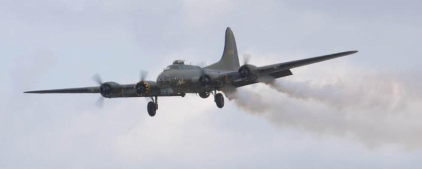 Boeing B-17 Fortress G-BEDF Flying Legends 2015 - 05