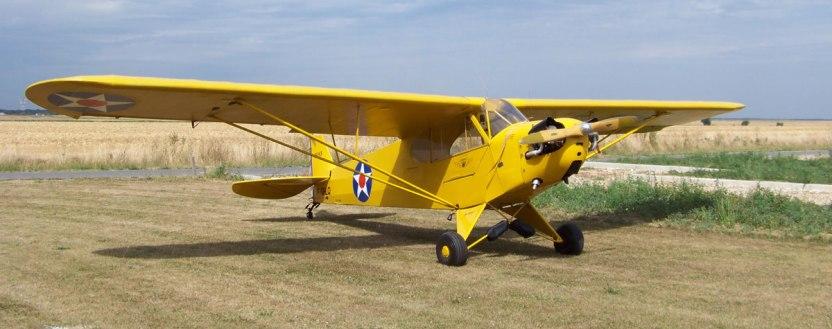 Piper-J-3-Cub-F-GHLQ-(Photo-B.-Brown)-1