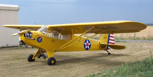 Piper-J-3-Cub-F-GHLQ-(Photo-B.-Brown)-2