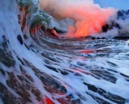 Hawaii, terre d'eau et de feu mêlé... Un autre trajet de rêve proposé par la Disney Cruise Line à bord du Disney Wonder...