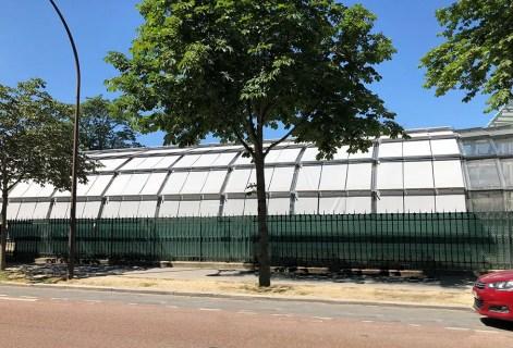 Les stores Marquises habillent les verrières du stade Simonne-Mathieu