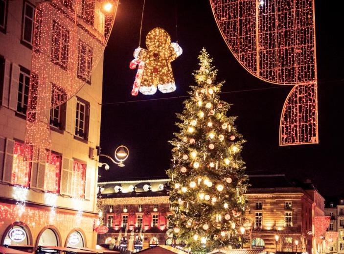 Marché De Noel Strasbourg Hotel.Attentat De Strasbourg Le Marché De Noël Fermé Au Moins