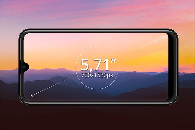 """Smartphone cu ecran de 5,7"""""""