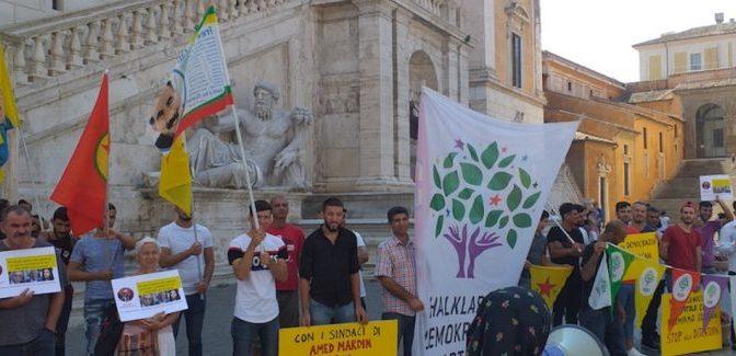 Solidarietà dalla Rete delle Città in comune ai colleghi sindaci destituiti da Erdogan. No al golpe in Turchia, il Governo italiano intervenga.