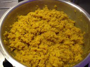 Muong Dal aus gelben Linsen