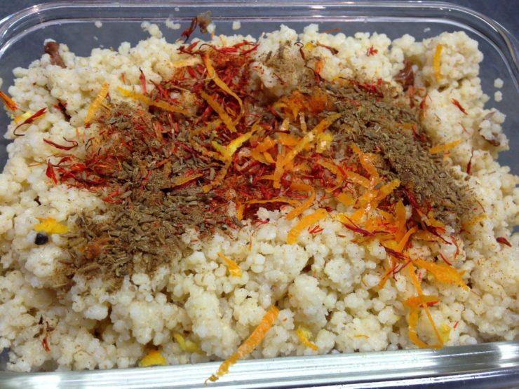 Gewürzhirse mit Safran, Cumin und Orangenzesten