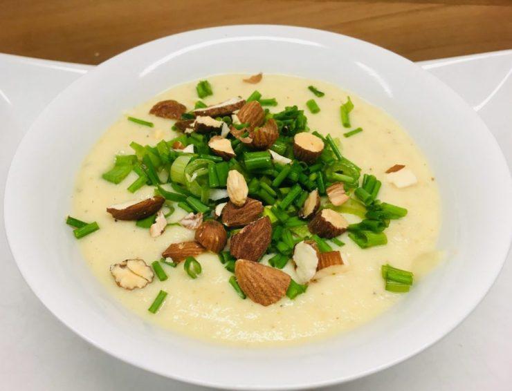 Blumenkohl Mandel Knoblauch Suppe