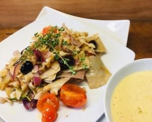 Pasta mit gerösteten Trauben und Dijon Sauce