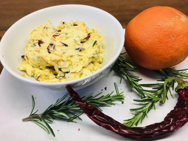 Orangen Chili Butter mit Rosmarin