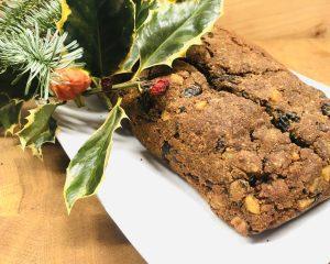 Weihnachtlicher Früchtekuchen (Christmas Cake)