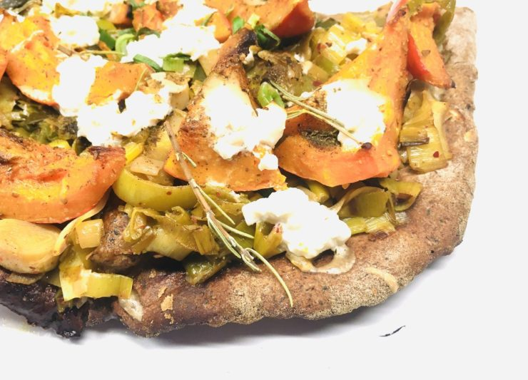 Glutenfreie Kürbis Lauch Pizza