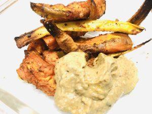 Gebackene Süßkartoffeln mit Auberginen-Erdnuss-Dip
