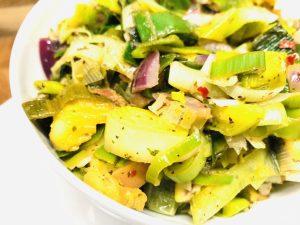 Lauch Gemüse mit Äpfeln und Maronen
