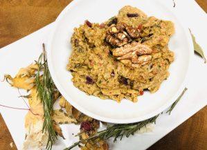 Geröstete Auberginen und Paprika mit Walnuss Tahini Sauce