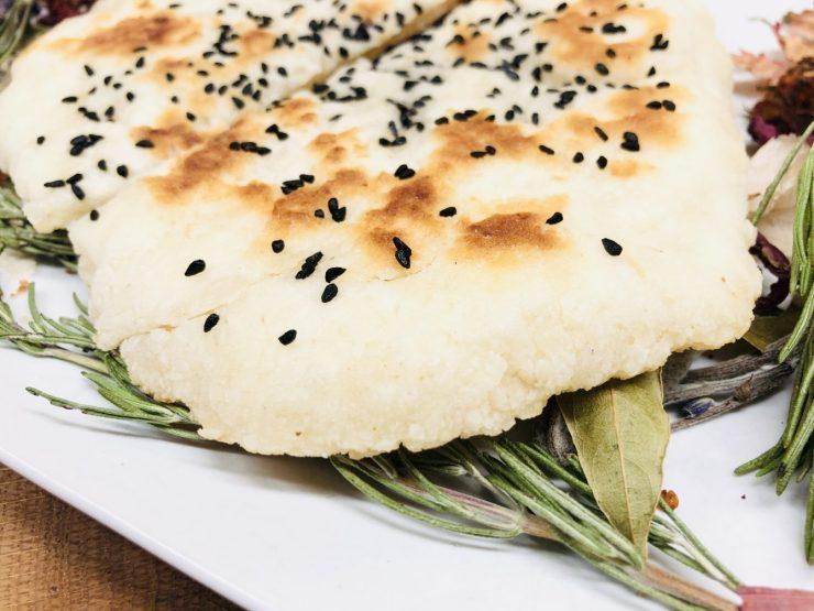 Glutenfreies Naan Brot aus der Pfanne