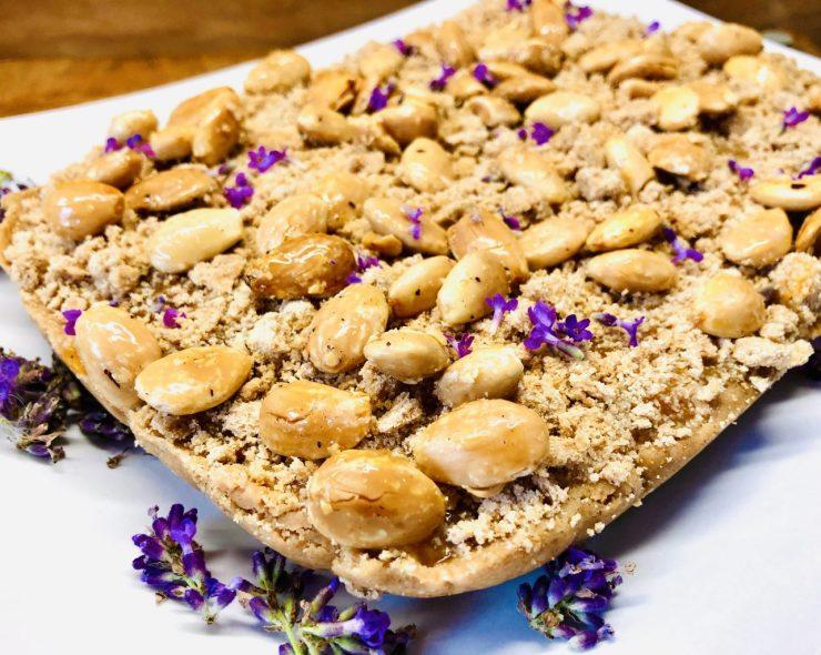 No-Bake Aprikosen Karamell Streuselkuchen