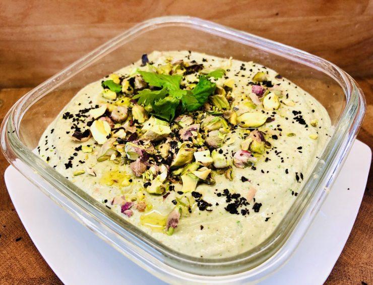 Mungo Hummus mit Pistazien