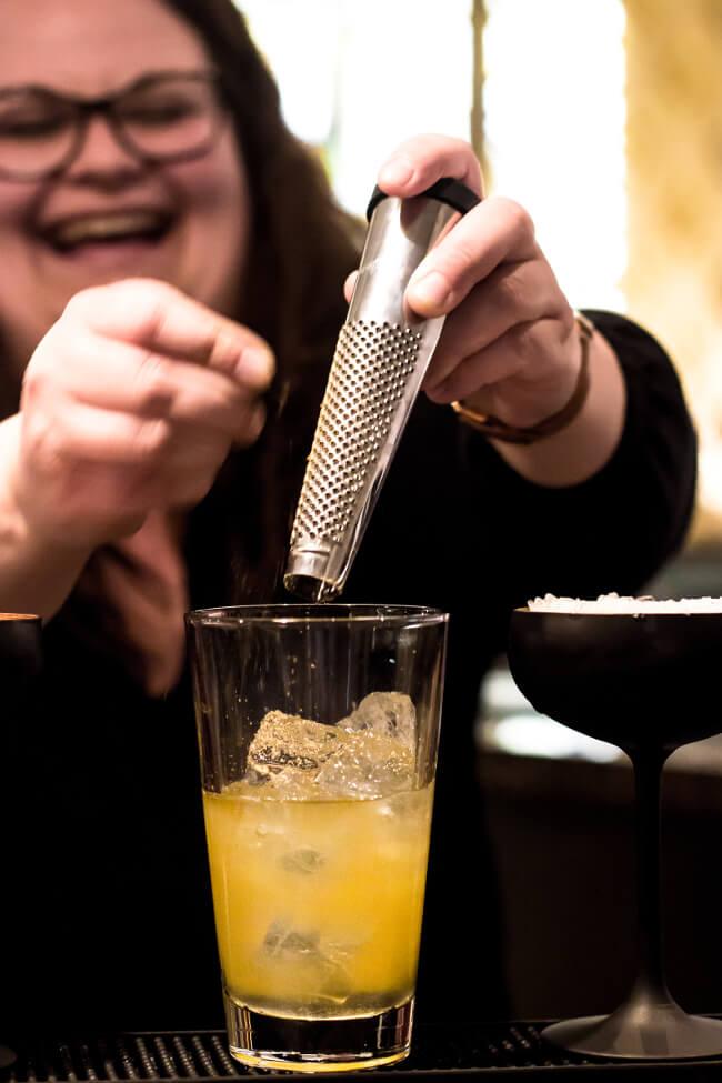 Cocktails mixen beim Bloggertreffen in Marburg