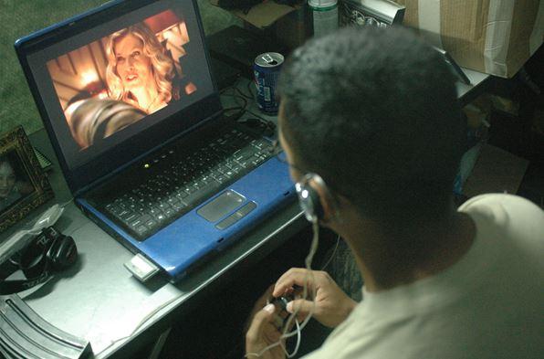 Laptop Movie Streaming