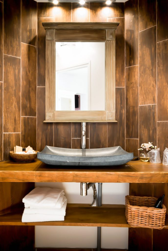 Chambre Zen  CLOS DES VIGNES  Chambre Hotel avec Jacuzzi Privatif