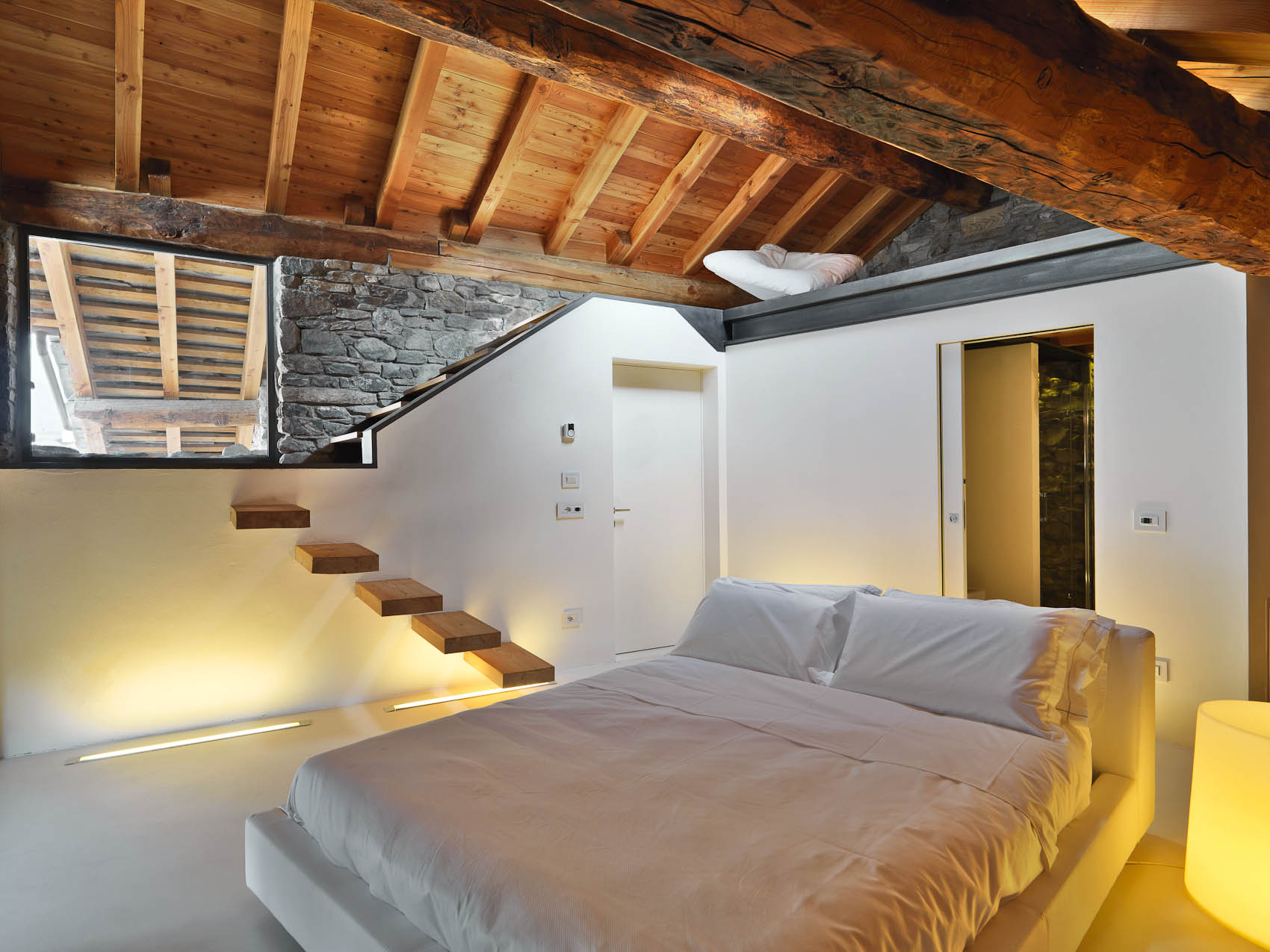 Bed  Breakfast in country house charm and design Aosta Valley