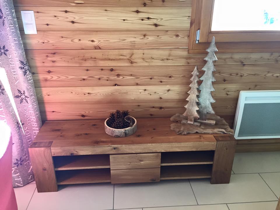 table de cuisine avec rangement intégré