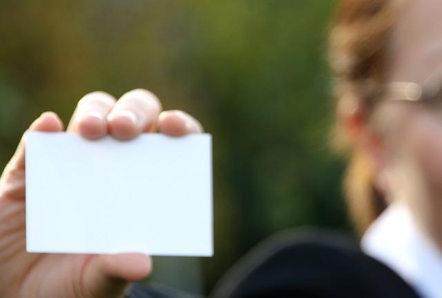 Qui-accepter-sur-linkedin-carte-de-visite