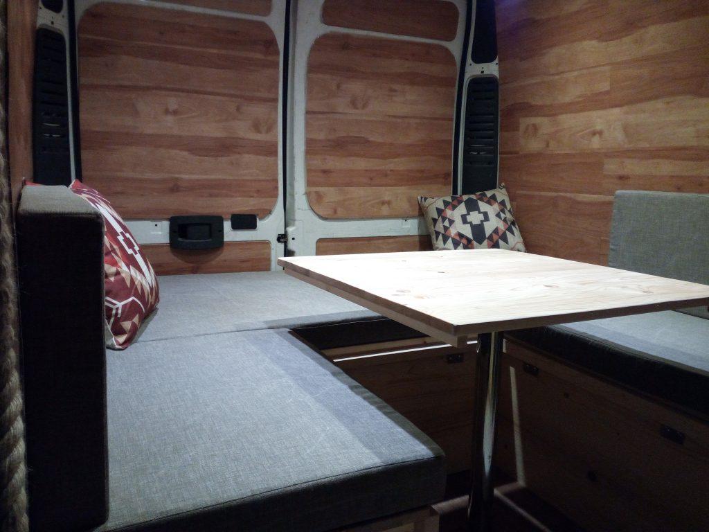 Camperizzare un furgone 6 Il letto  Le Connessioni