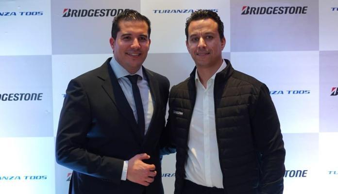 Sadri Skander à gauche