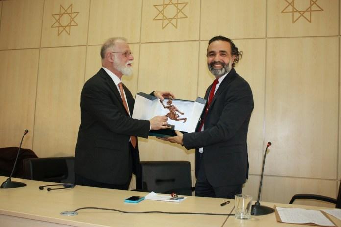 Alberto Manguel - l'économiste maghrebin