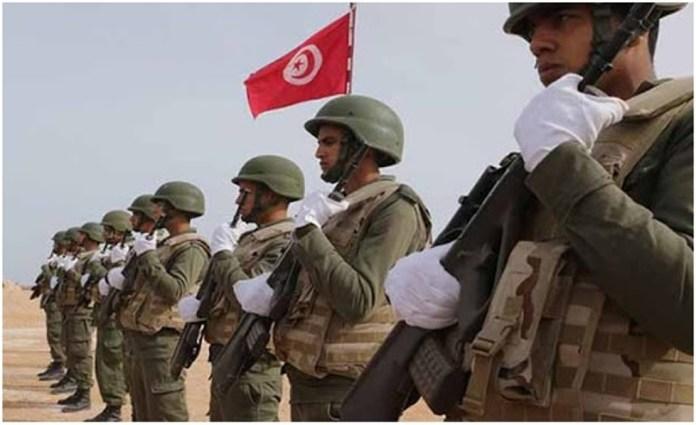 Confinement total Patrouilles militaires