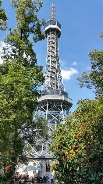 praga luoghi di interesse: la torre Eiffel