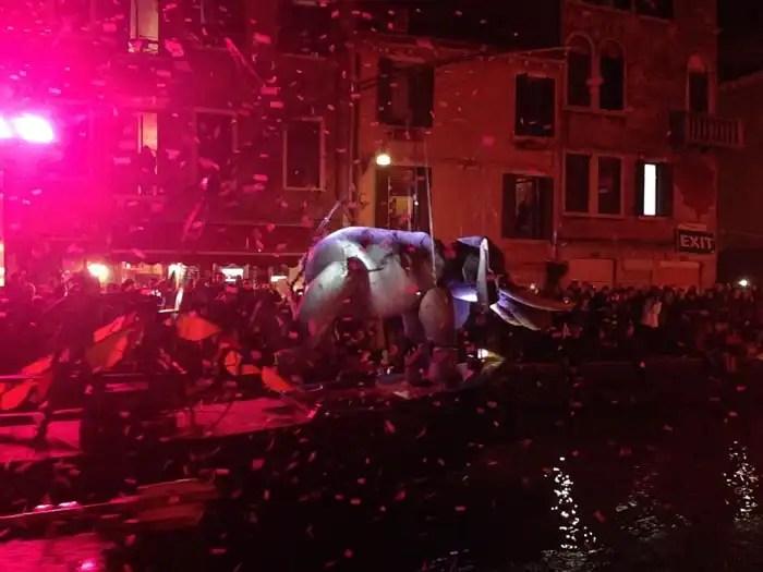 Carnevale Venezia 2018 sfilata sull'acqua