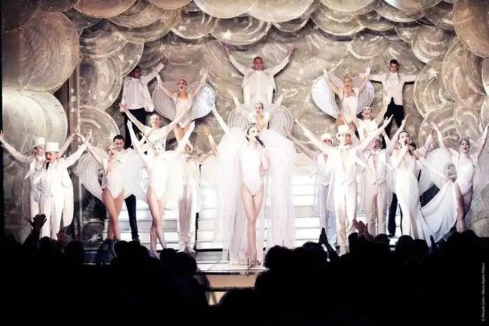 Cabaret Paradis Latin di Parigi, gran finale