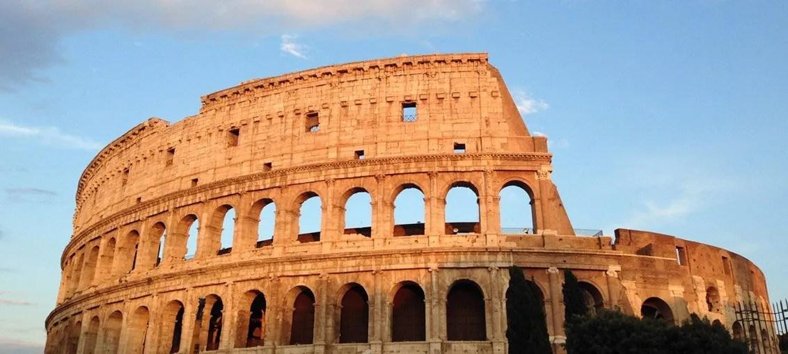 Il Colosseo o Anfiteatro Flavio: una cosa da vedere assolutamente a Roma