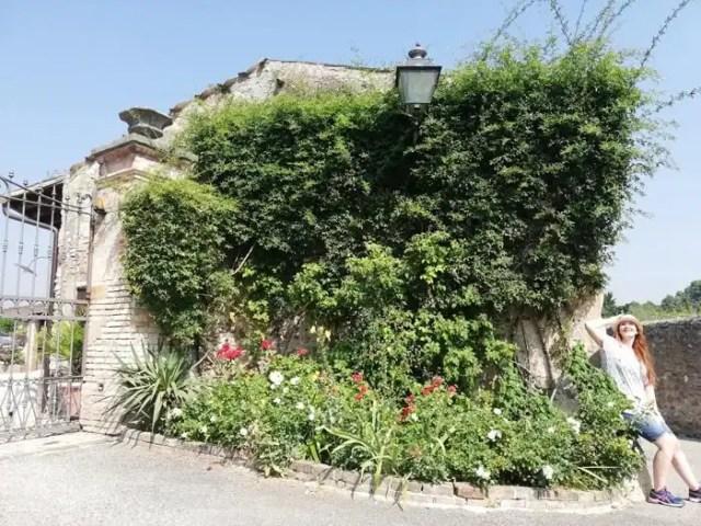 Castellaro Lagusello giardino
