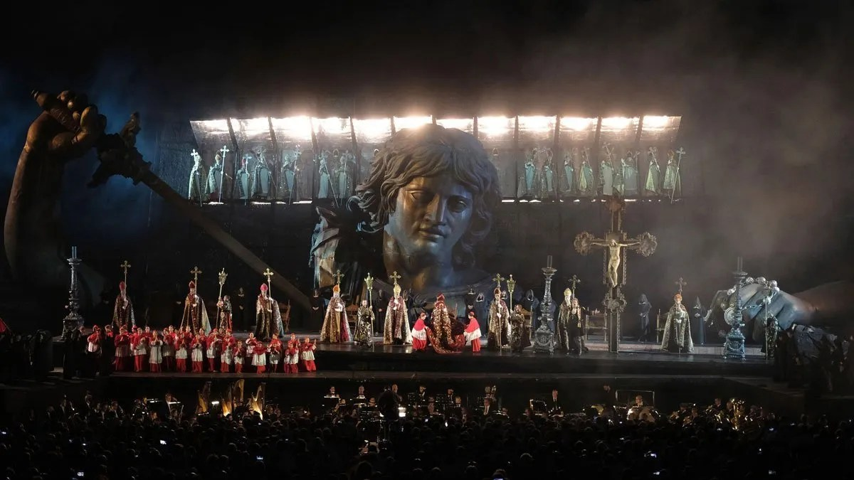 Tosca di Giacomo Puccini: l'opera in Arena di Verona