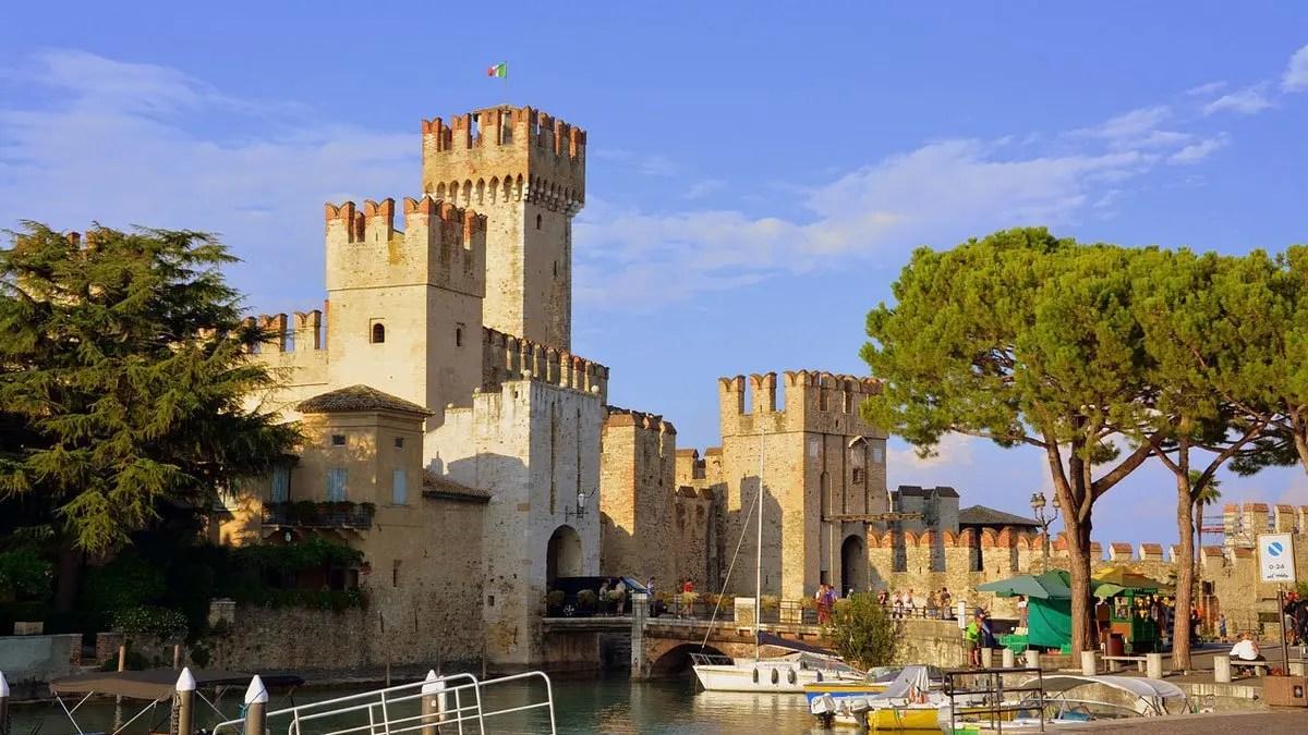 Cosa vedere a Sirmione: un weekend alla scoperta della perla del Lago di Garda