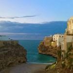 Polignano a Mare: visita al centro storico e alla famosa spiaggia di Cala Porto