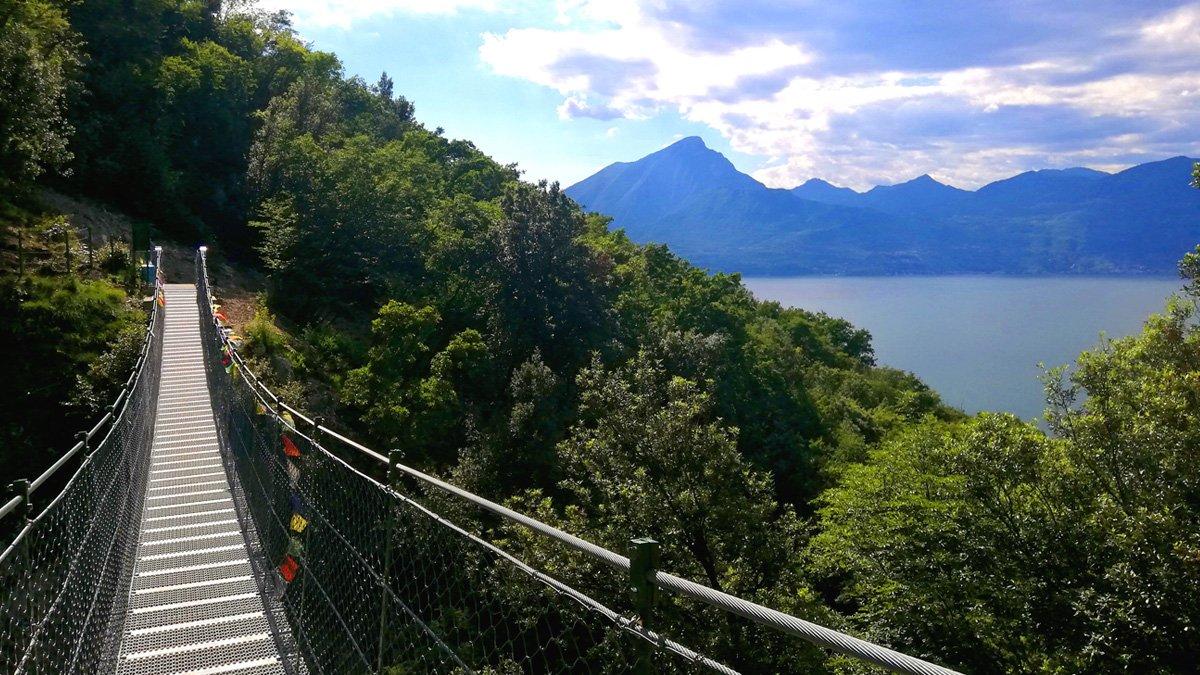 Ponte Tibetano sul Lago di Garda tra Crero e Pai a Torri del Benaco