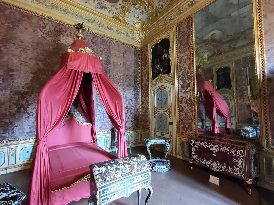 Palazzina Stupinigi interni: camera dei Duchi del Chiablese