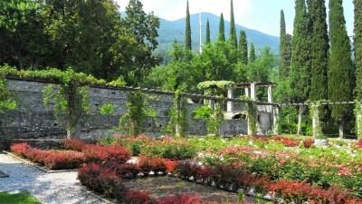 Vittoriale degli Italiani di d'Annunzio a Gardone Riviera, Lago di Garda: visita al frutteto