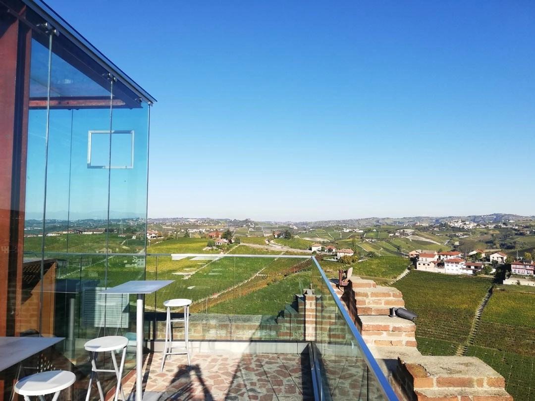 Torre di Barbaresco: aperitivo in terrazza panoramica