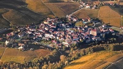 Read more about the article Barolo: cosa vedere e fare nel borgo Bandiere Arancioni delle Langhe