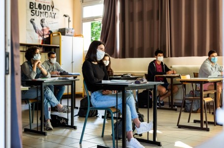 Rentrée universitaire : le masque est « fortement recommandé » par le ministère français de l'Enseignement universitaire. Illustration- Jean-Christophe Milhet / Hans Lucas / Hans Lucas via AFP