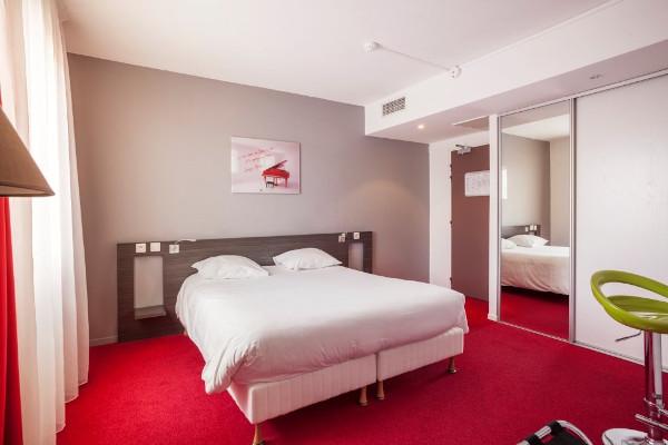 Hotel zen y moderno Toulouse  Hotel le Cousture  Habitaciones en Toulouse centro