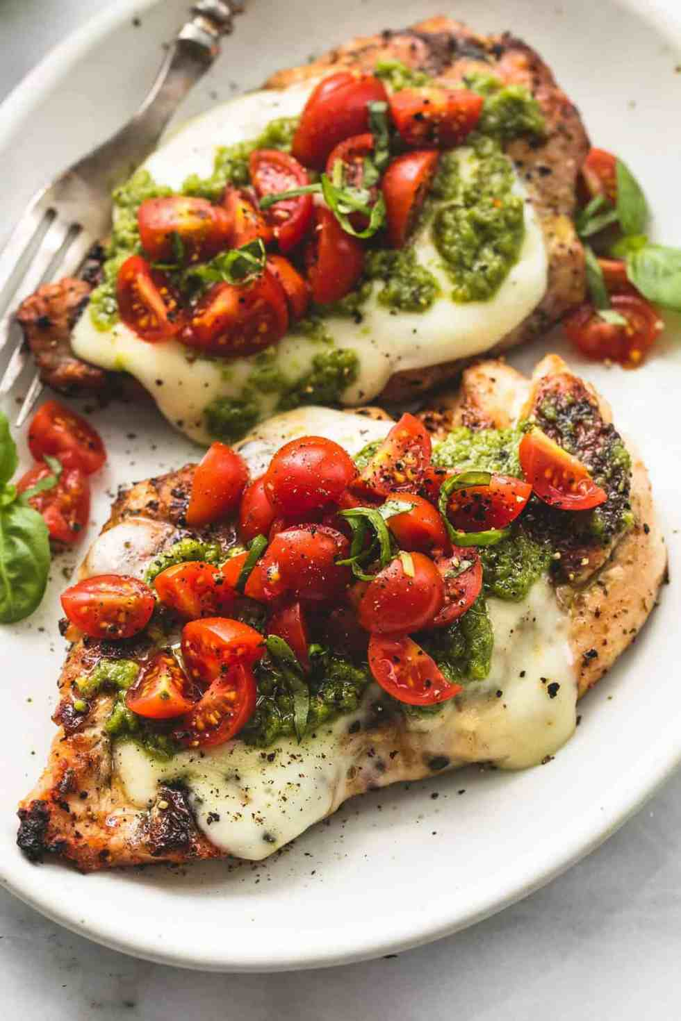 Grilled Chicken Margherita | lecremedelacrumb.com